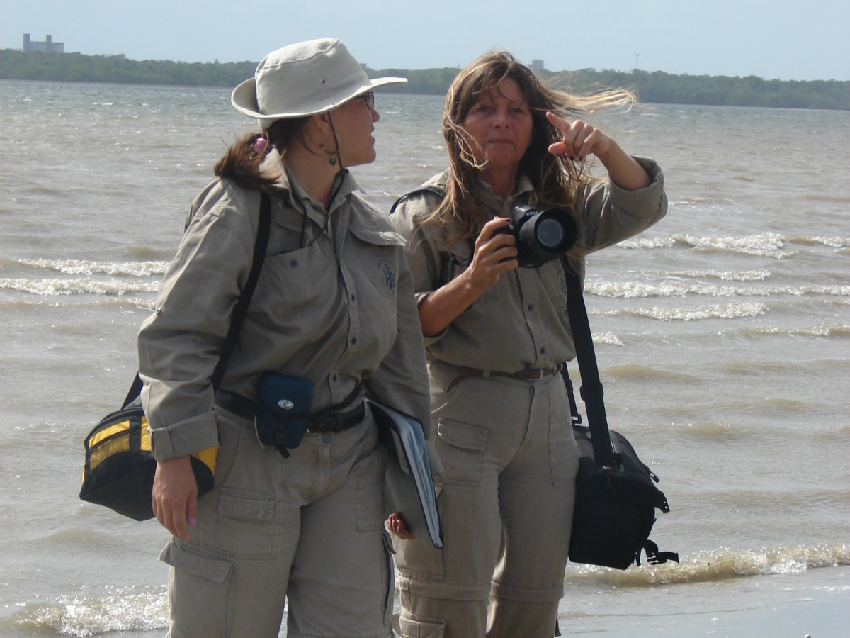 Archaeological survey team, Ilha de Restinga (PB) 2006